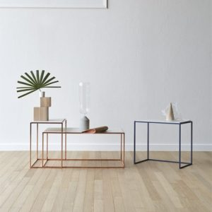 cicca coffee table in lacquered wood and ceramic